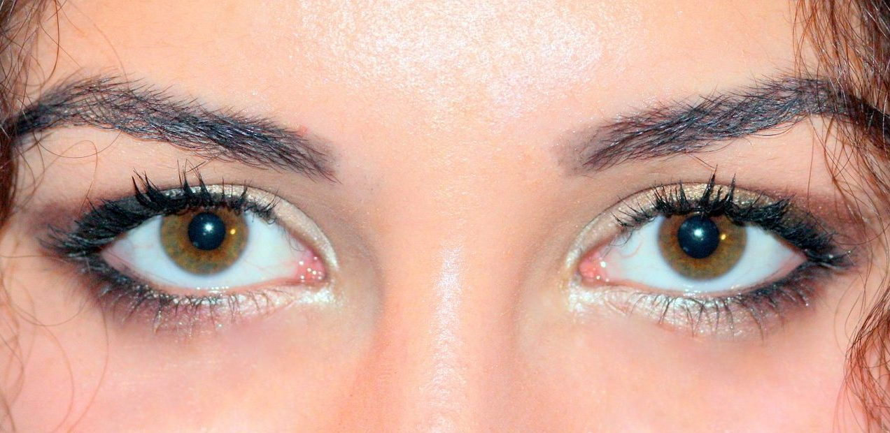 brown-eyes-1261697_1920